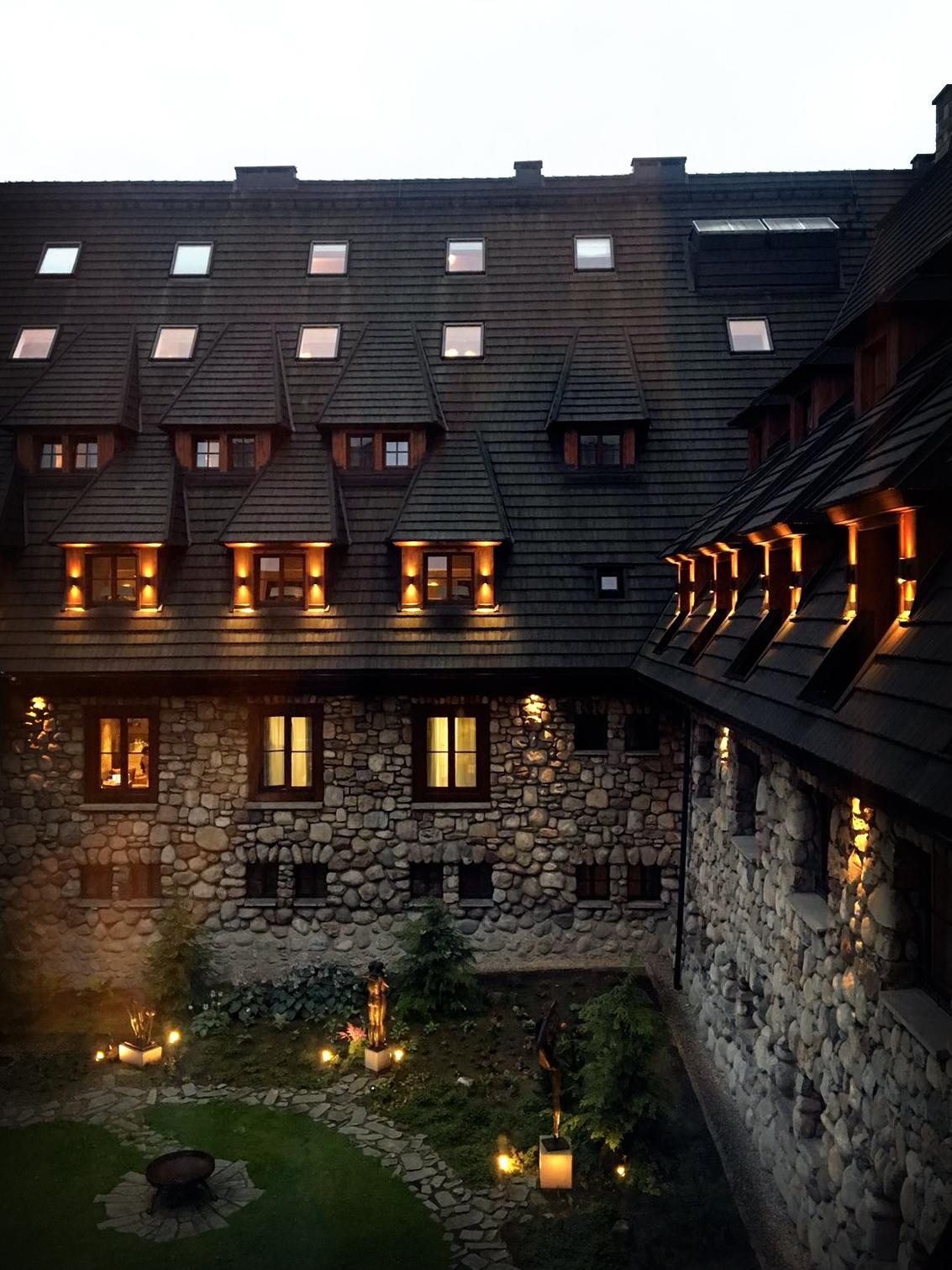 aries_hotel.jpg
