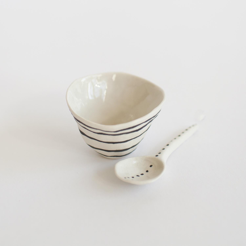 a mano-suzanne sullivan-porcelain-clay-pottery-ceramics-salt cellar-handmade-stripes-2.jpg