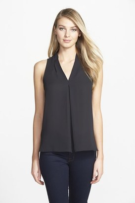 WOMEN'S VINCE CAMUTO SLEEVELESS V-NECK BLOUSE