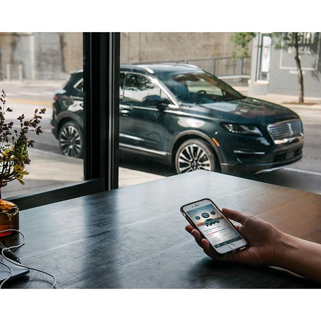 Connected inside and out. With the Lincoln Way? App, the 2019 #LincolnMKC seamlessly integrates your vehicle with your life. . . . . #instacar #luxurycars #auto #cargram #carsofinstagram