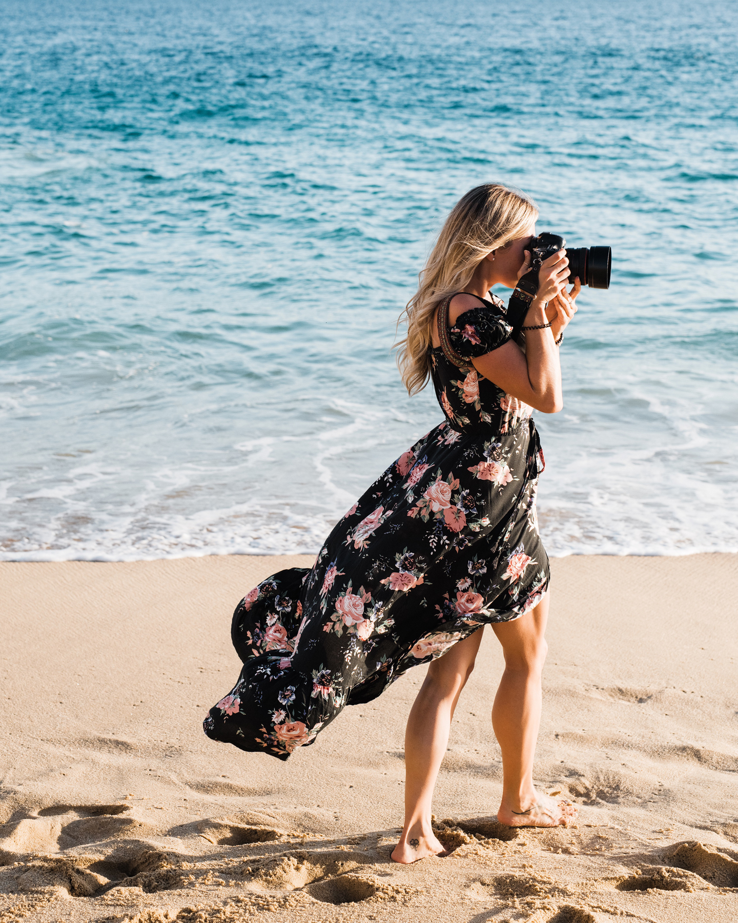 A portrait in my favourite workplace - barefoot on the beach ✧ // Photo by the wonderful Savannah Rae Photo in Cabo San Lucas, Mexico