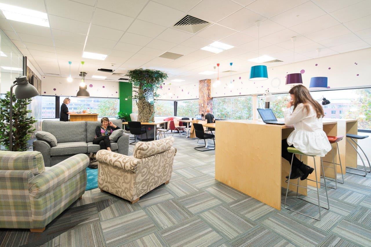 DeskLodge+Bristol+-+075+-+2186+mikekear.com.jpg