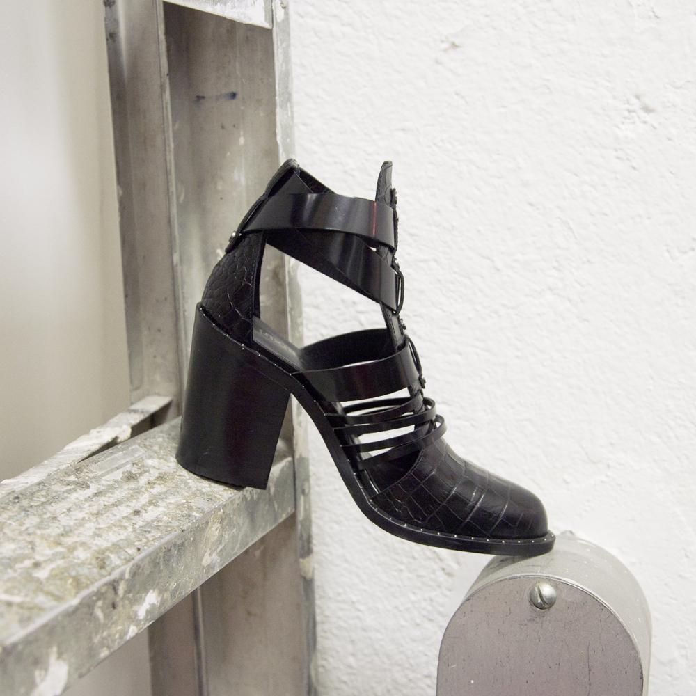 luxury rebel shoe 1.jpg