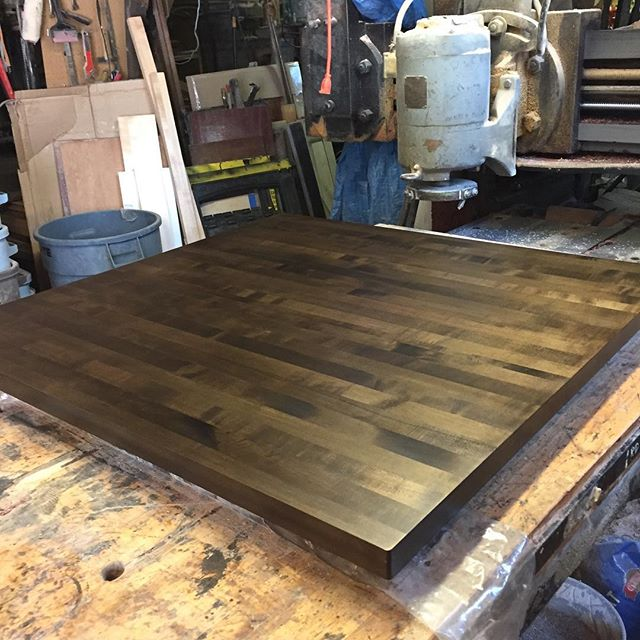 """antique maple"" island top"