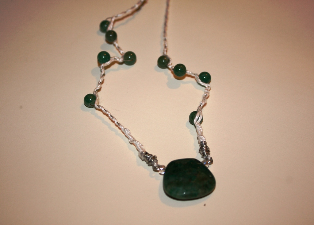 Jade beads with natural stone necklace