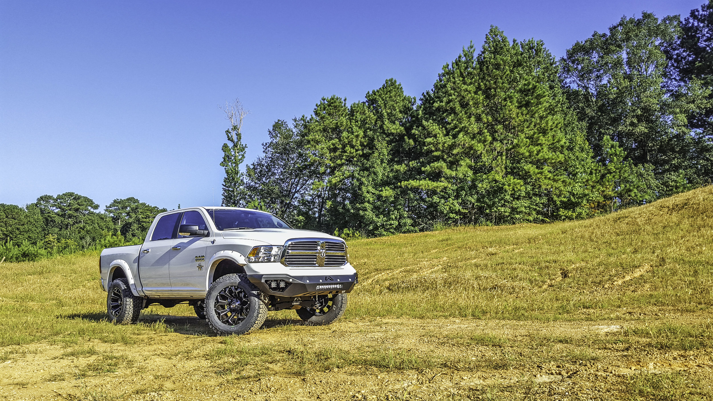 Ram BW White with Bumper Front Qtr.jpg
