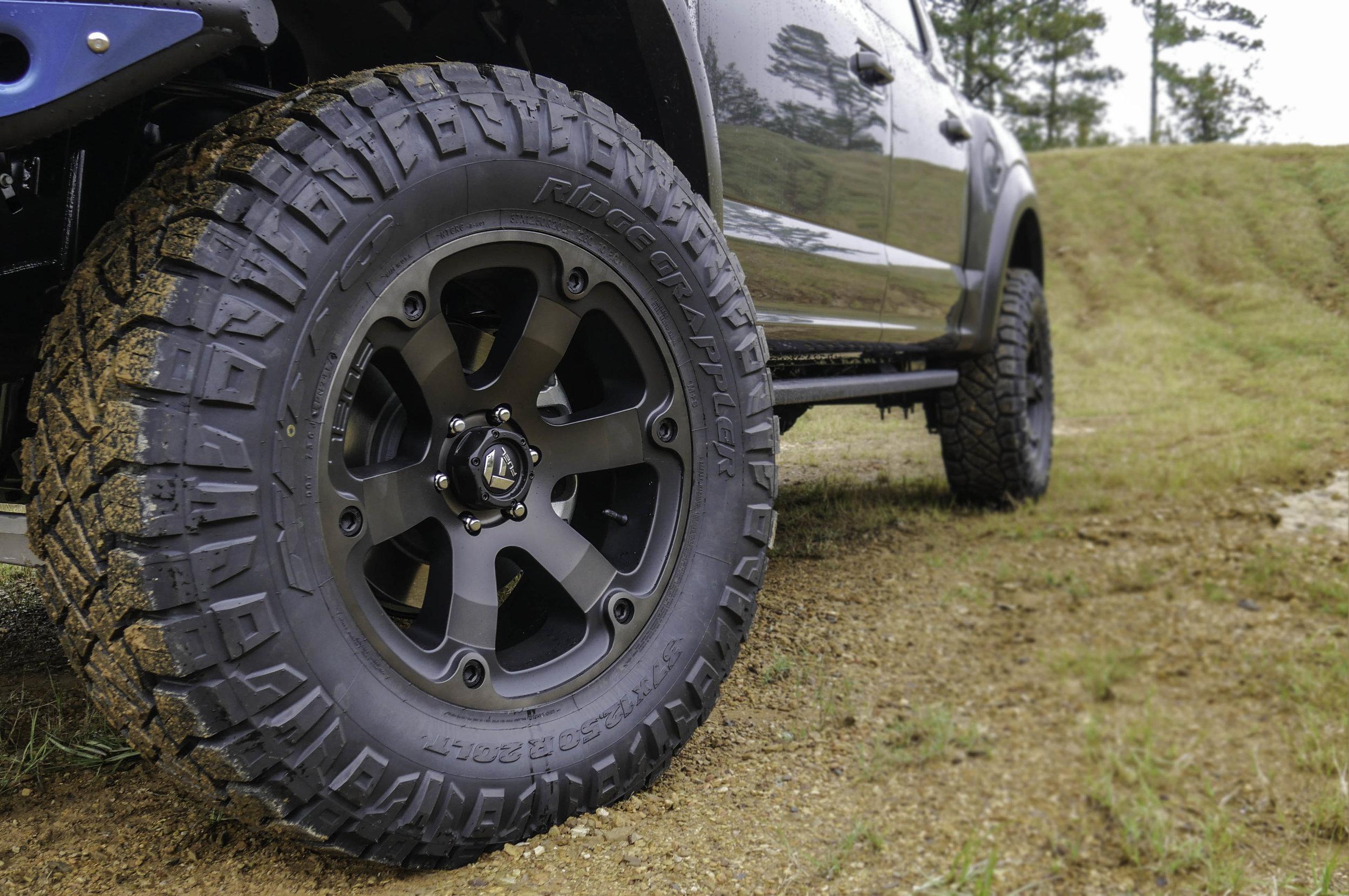 Raptor Lifted Fuel Beast Wheel.jpg