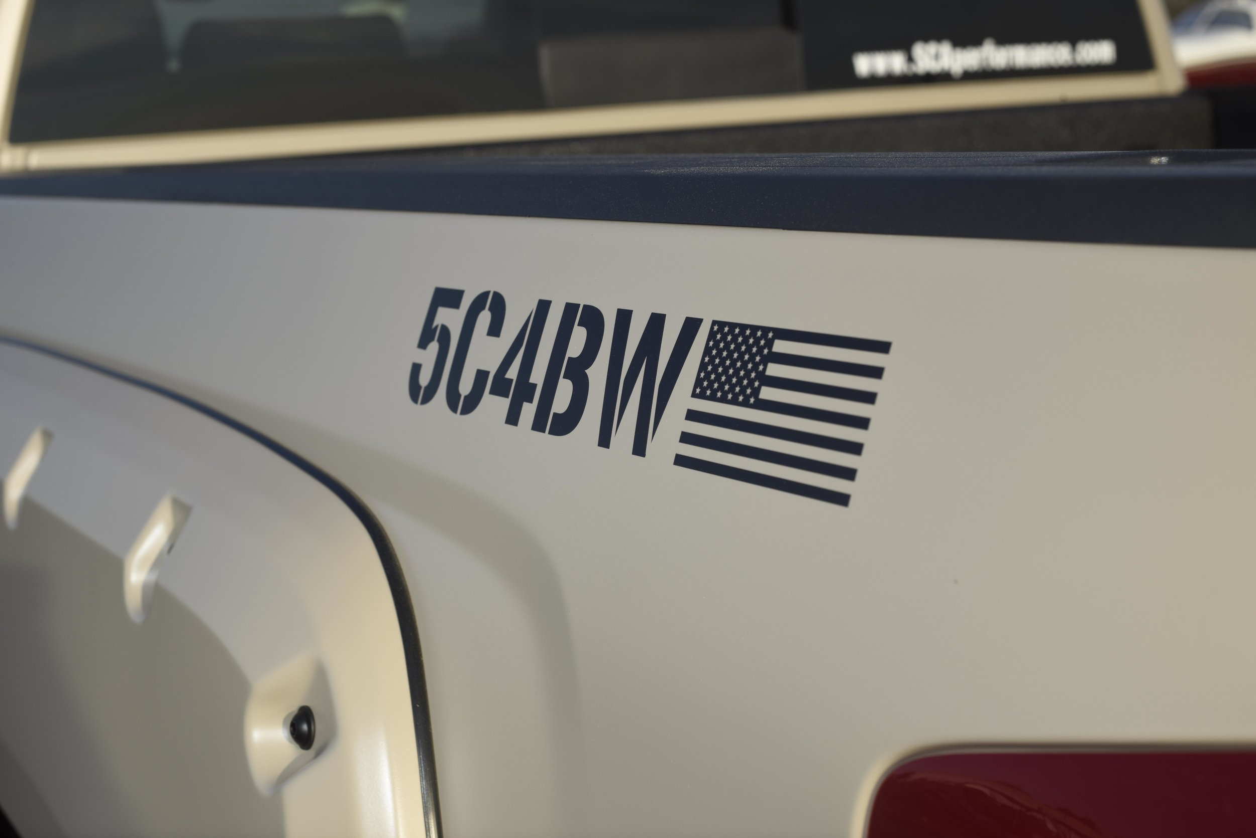 5C4BW.jpg