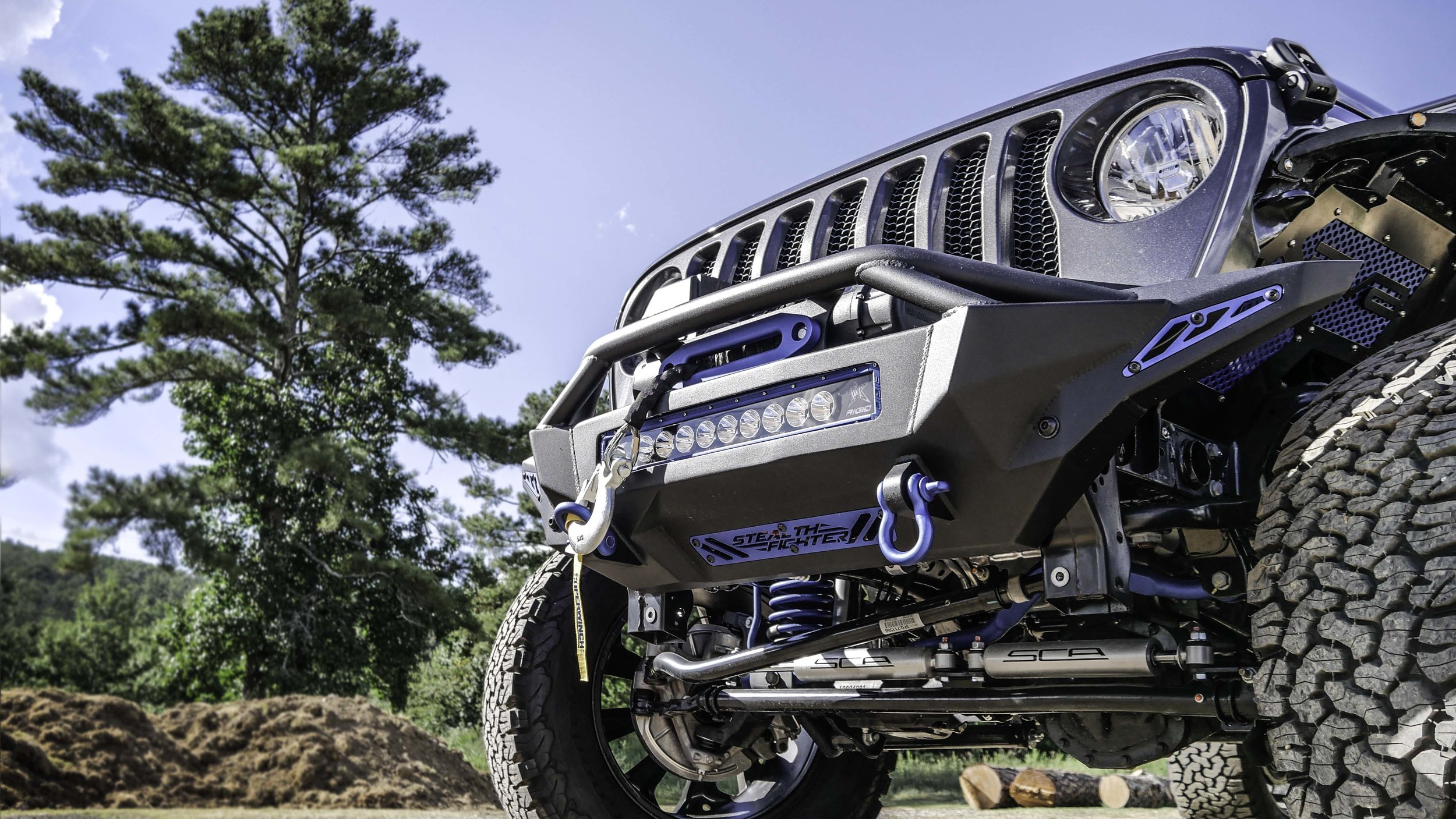 Jeep JL Front End.jpg