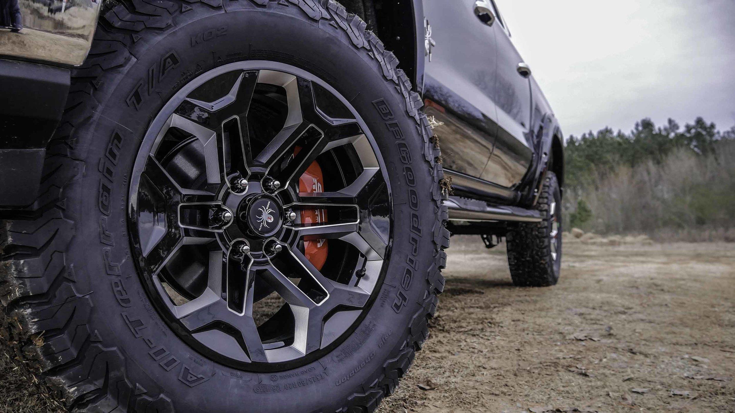 2019 Chevy Black Widow Wheel.jpg