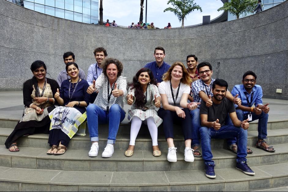 Teamleden van Maxxton in India (foto: Maxxton)