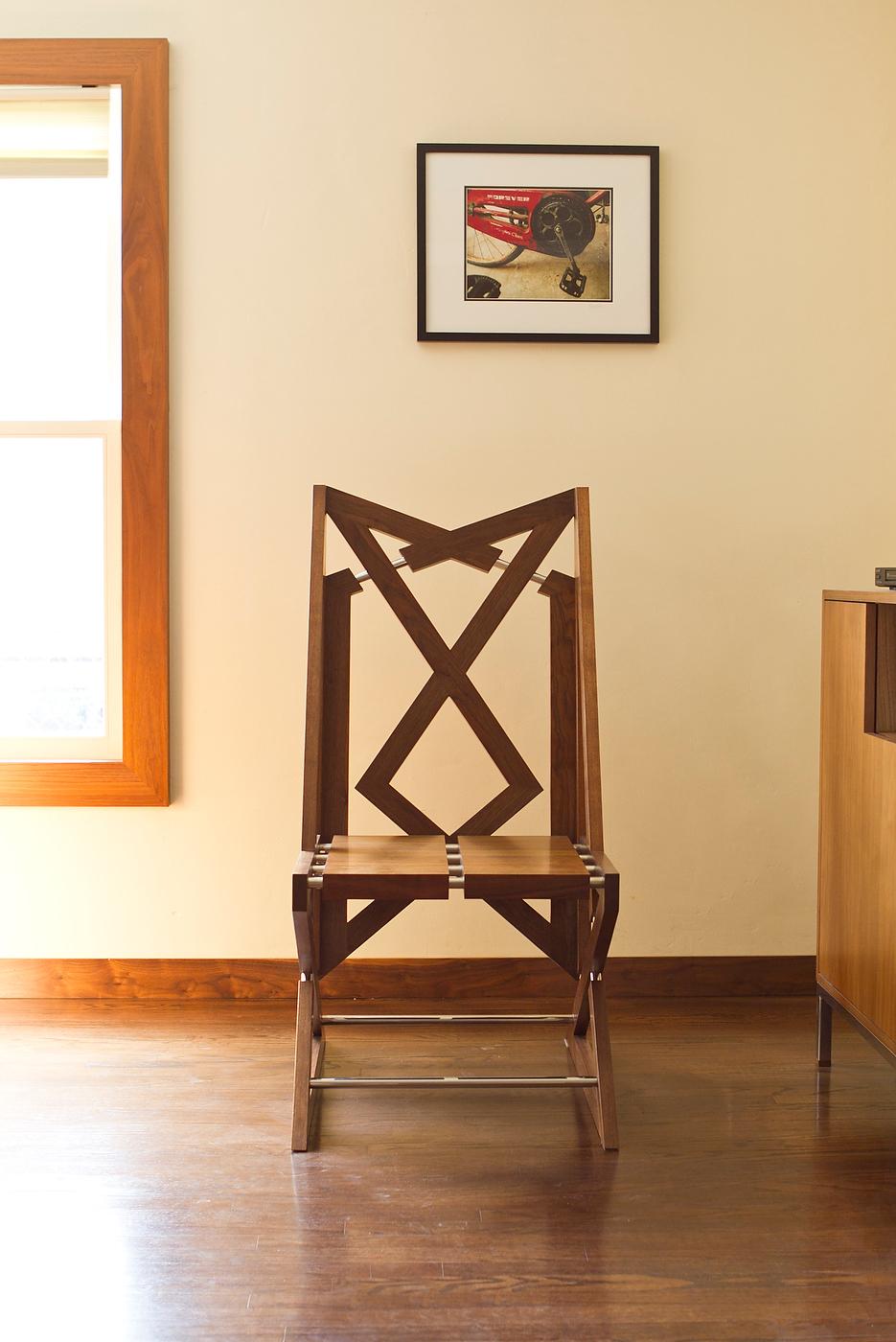 furniture-chair-thing-03.jpg