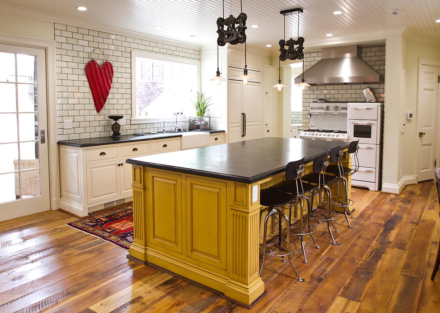 kitchens-indoor-04.jpg