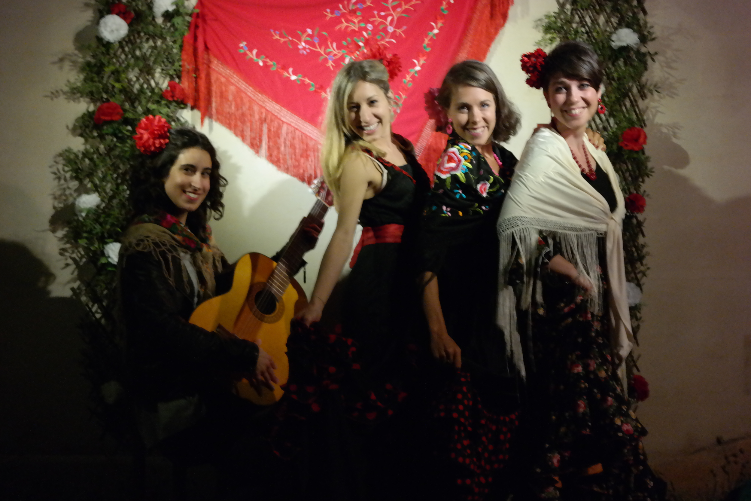 Saturday night feeling deluxe when Mallorcan friends dress up for Feria de Abril!