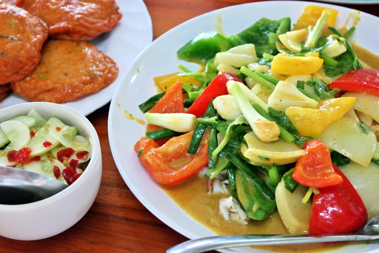 Grönsaker i röd curry