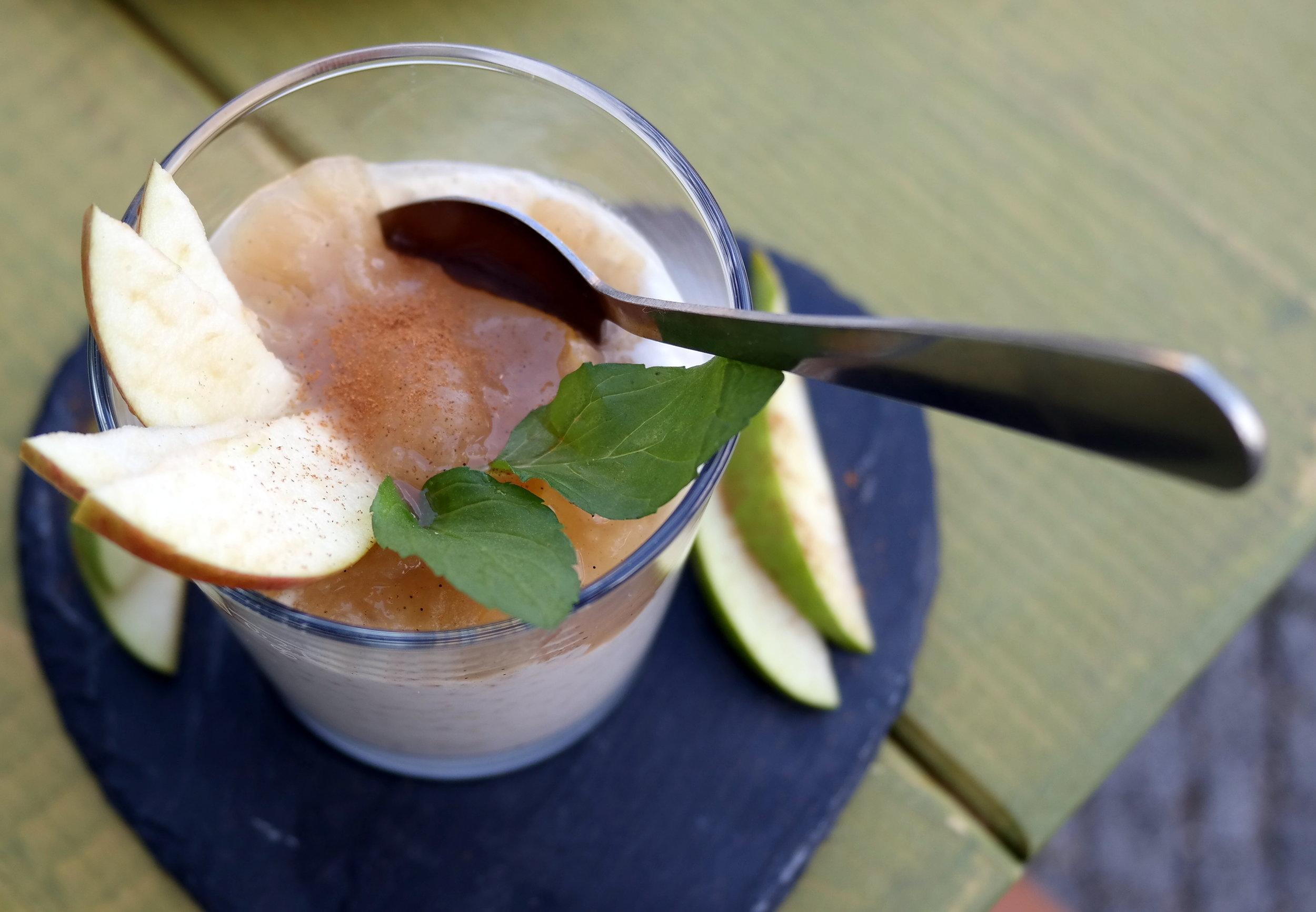 Quinoakräm och äppelmos - sött slut!