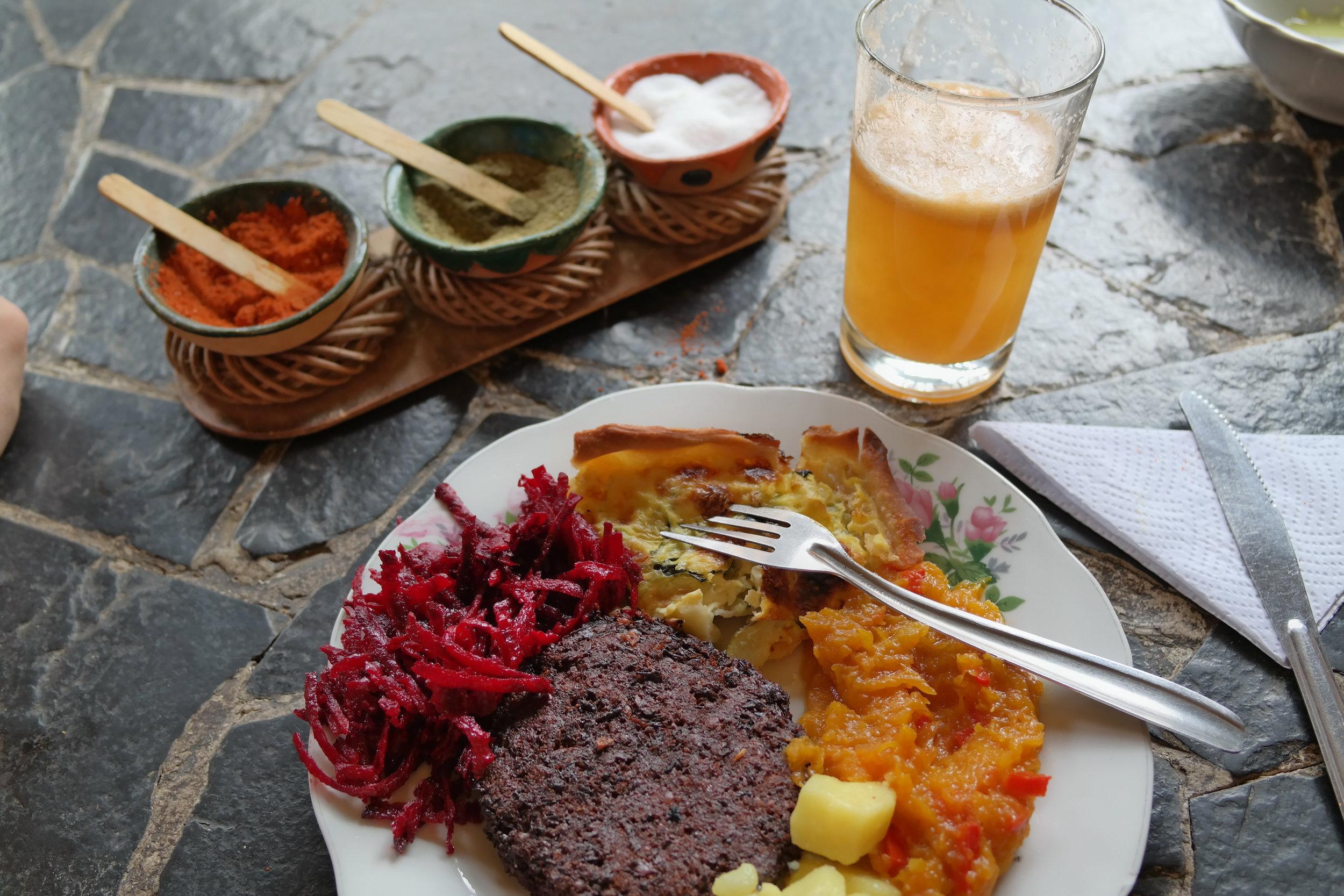 Colombiansk mat rimmar inte alltid väl med vegetarisk, men... plötsligt händer det. Här i San Agustín.