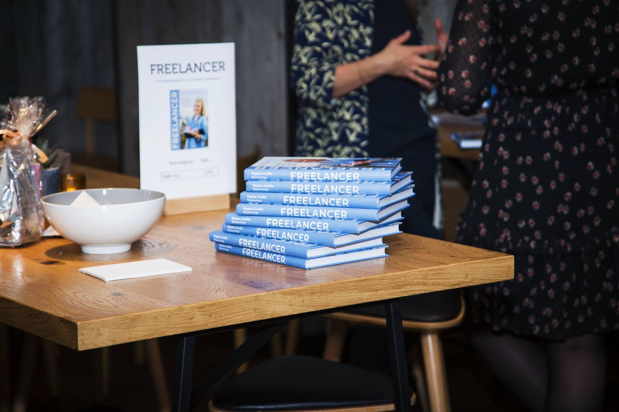 Den danska boken Freelancer av Regitse Cecillie Rosenvinge, där jag berättar om min frilansresa.