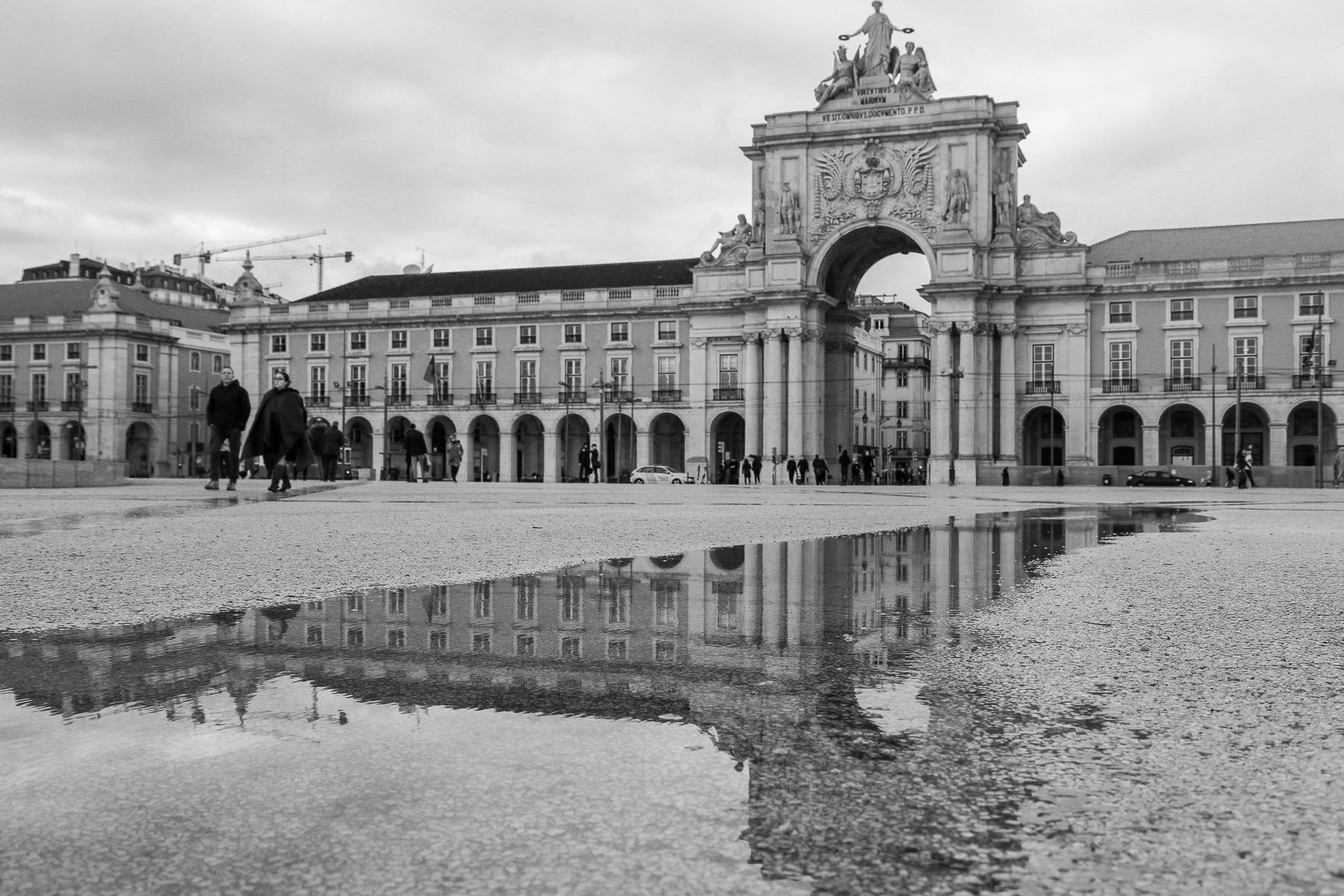 Praça do Comércio efter regnet. Foto: Jessica Jeppson
