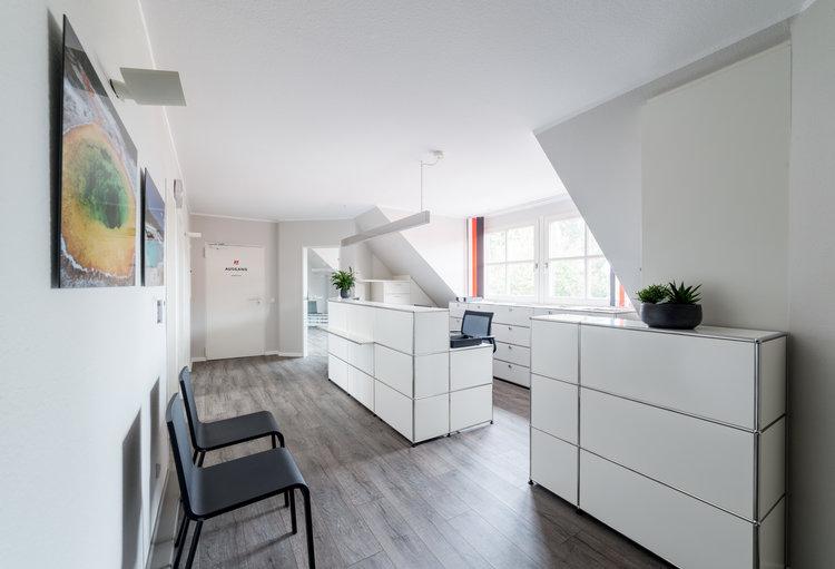 Rinsdorf_Stroecker_Architekten_Praxis_Dr_Piet_Architekturfotos_04.jpg