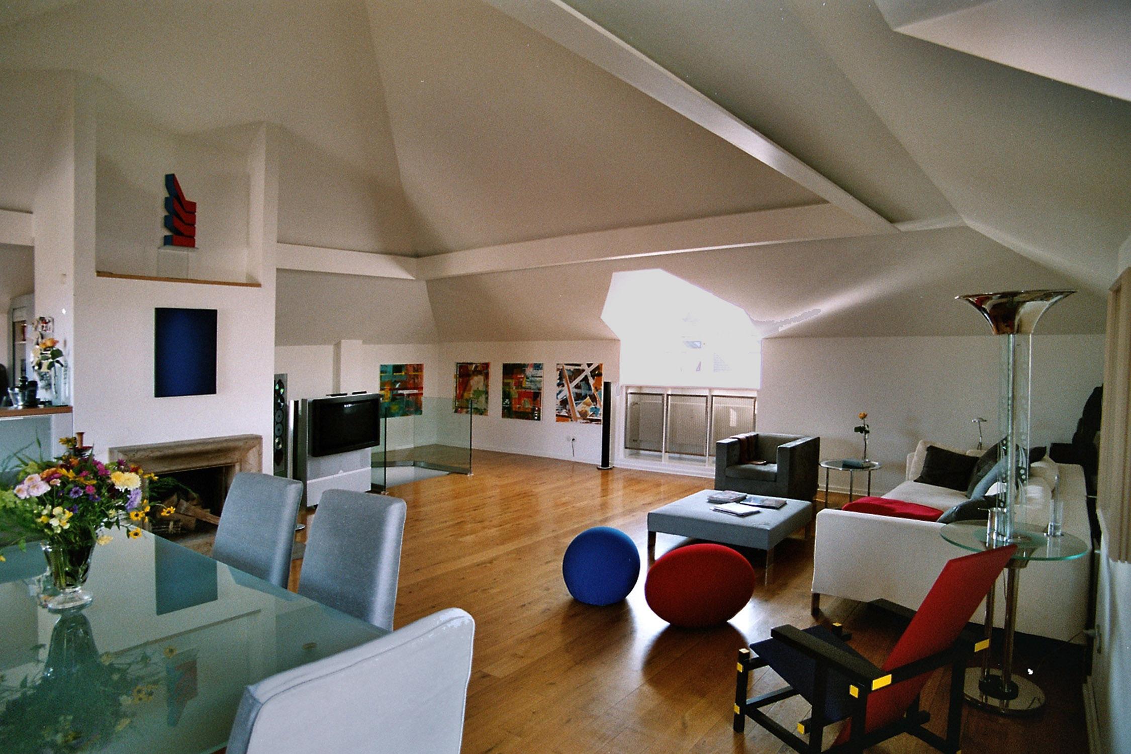 Lampi Lounge new.jpg