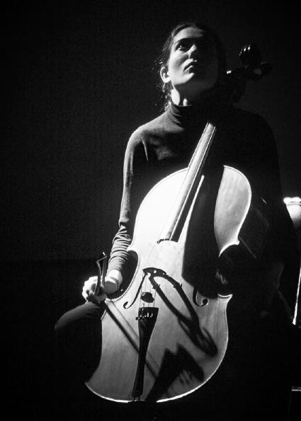 Domitille SANYAS, violoncelle