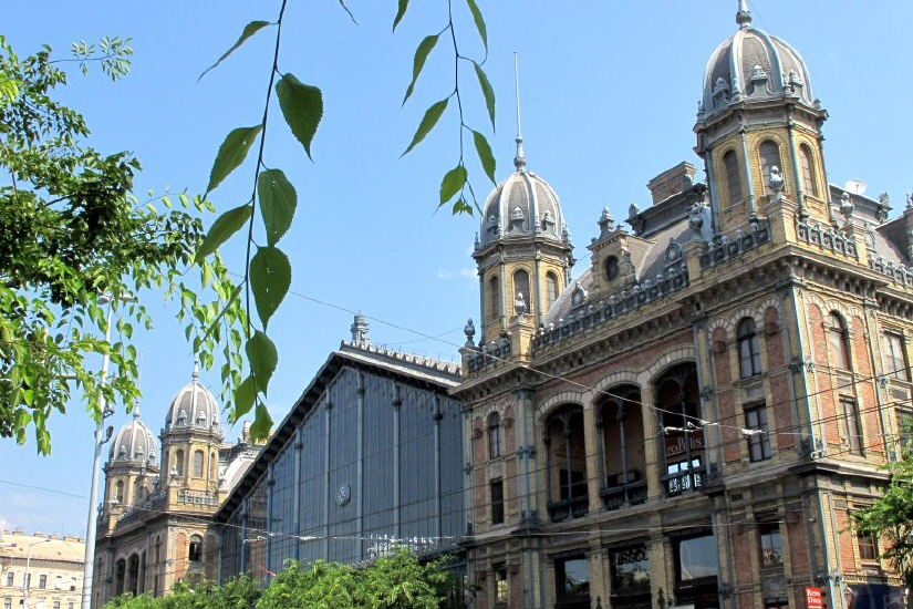 Budapest   Three cities in one