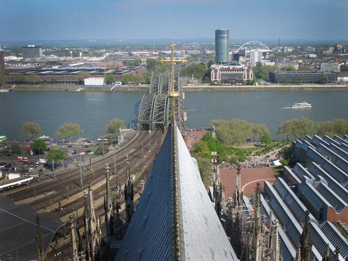 Cologne   The rebuilt city