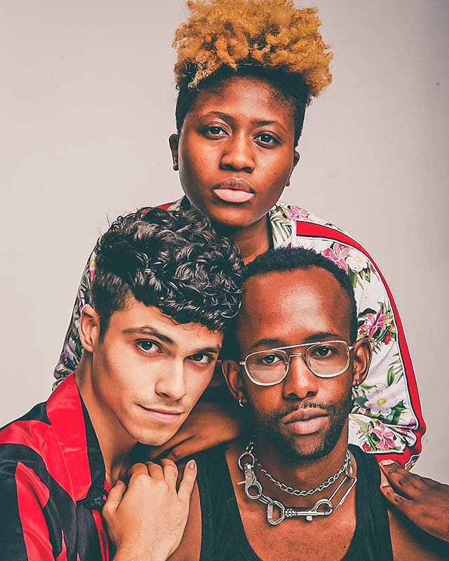 Pulled up for a lighting class and left with a family portrait! Thank you @holyrad_studio @daryloh_  @myeshaevon !
