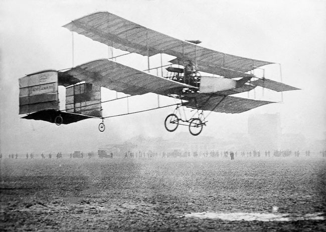 1909 - 1st U.S. airplane sold commercially.