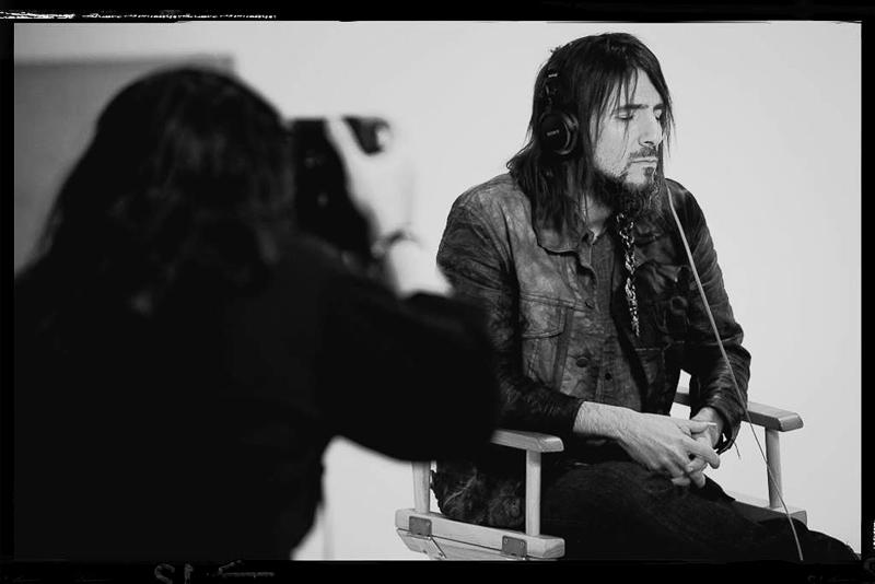 "Six Beats Of Separation™ founder, photographer Jason Joseph, photographing ex Guns n Roses guitarist Ron ""Bumblefoot"" Thal."