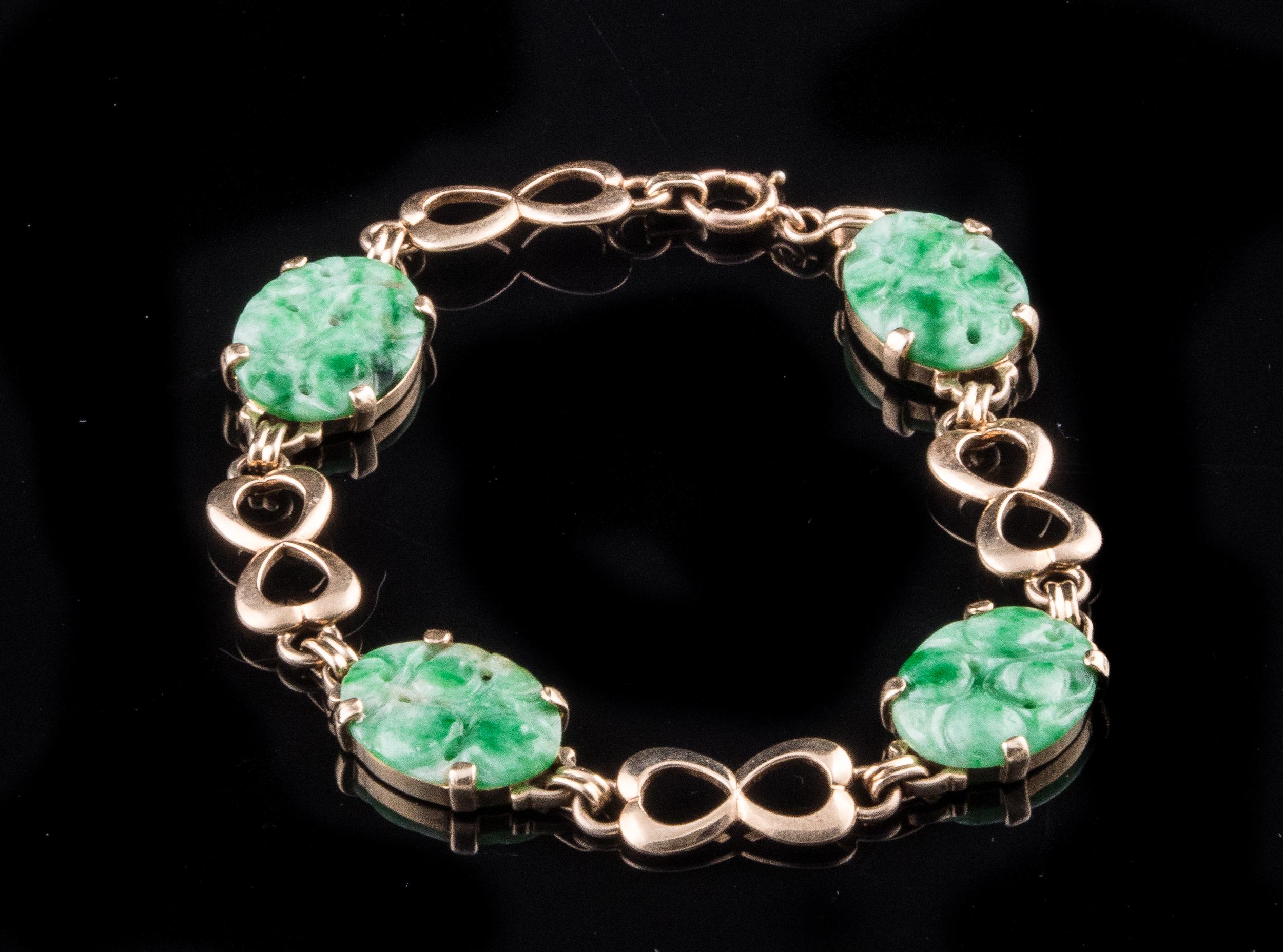 1930's 14kt carved jade bracelet