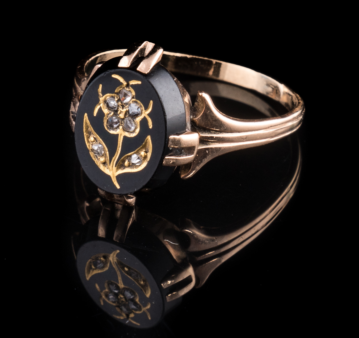 ESTATE onyx 10k Victorian ring with flower rose cut diamonds