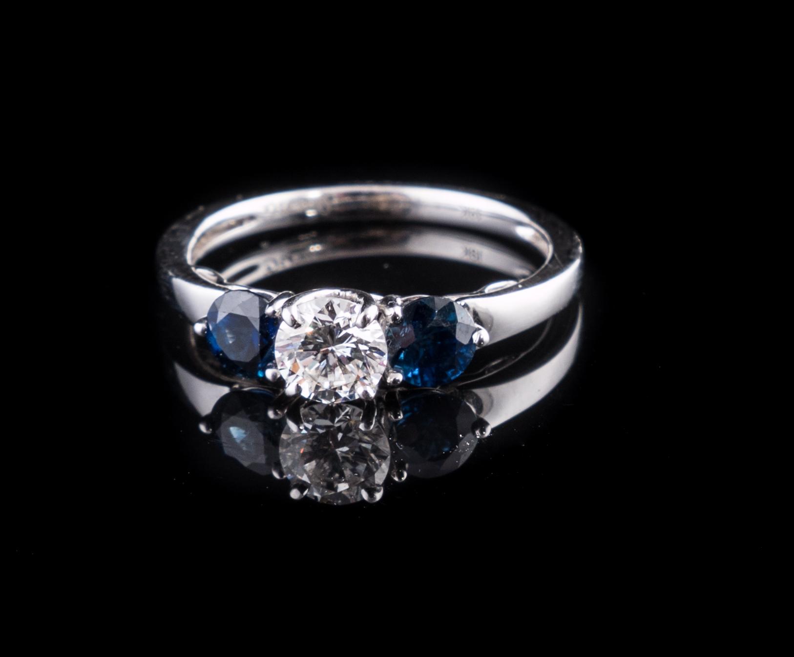 18kt white gold ring.jpg