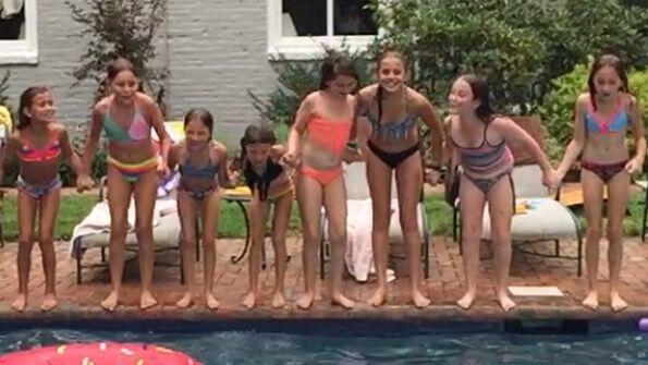 Pool party! Inter girls reunion