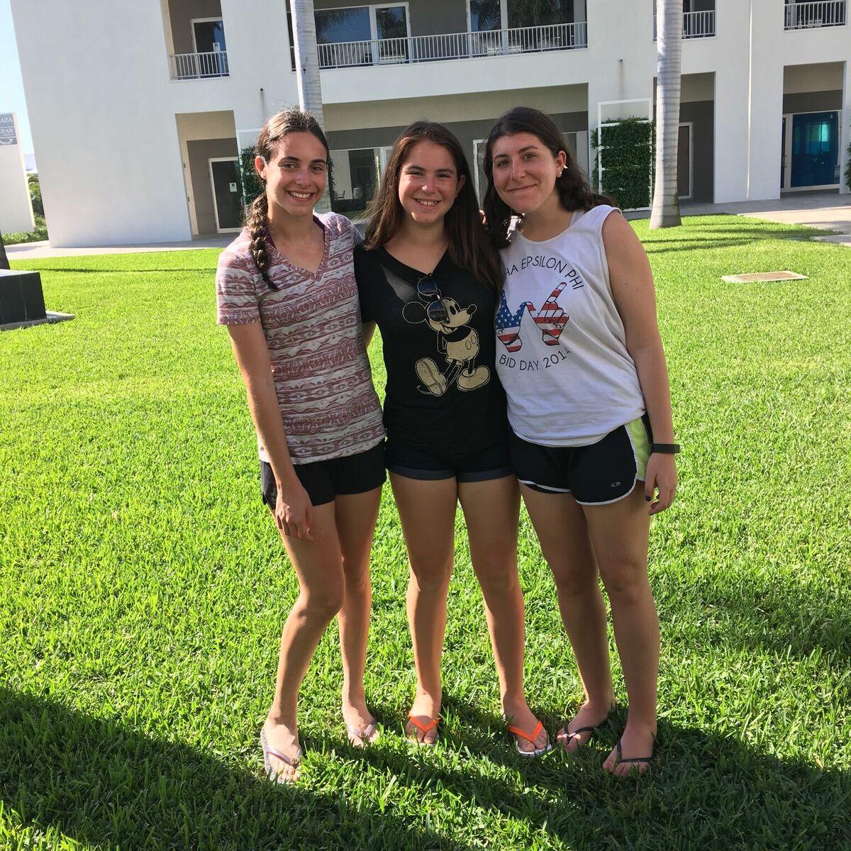 Marissa, Anna and Jane