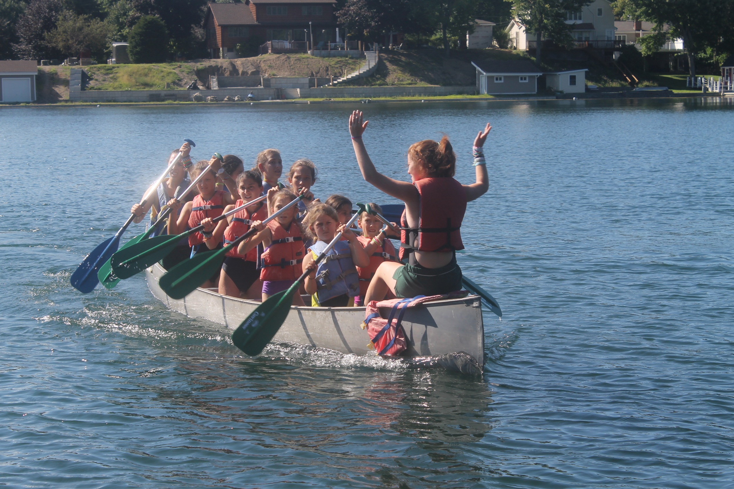 Erica Smiley leads Green War Canoe.