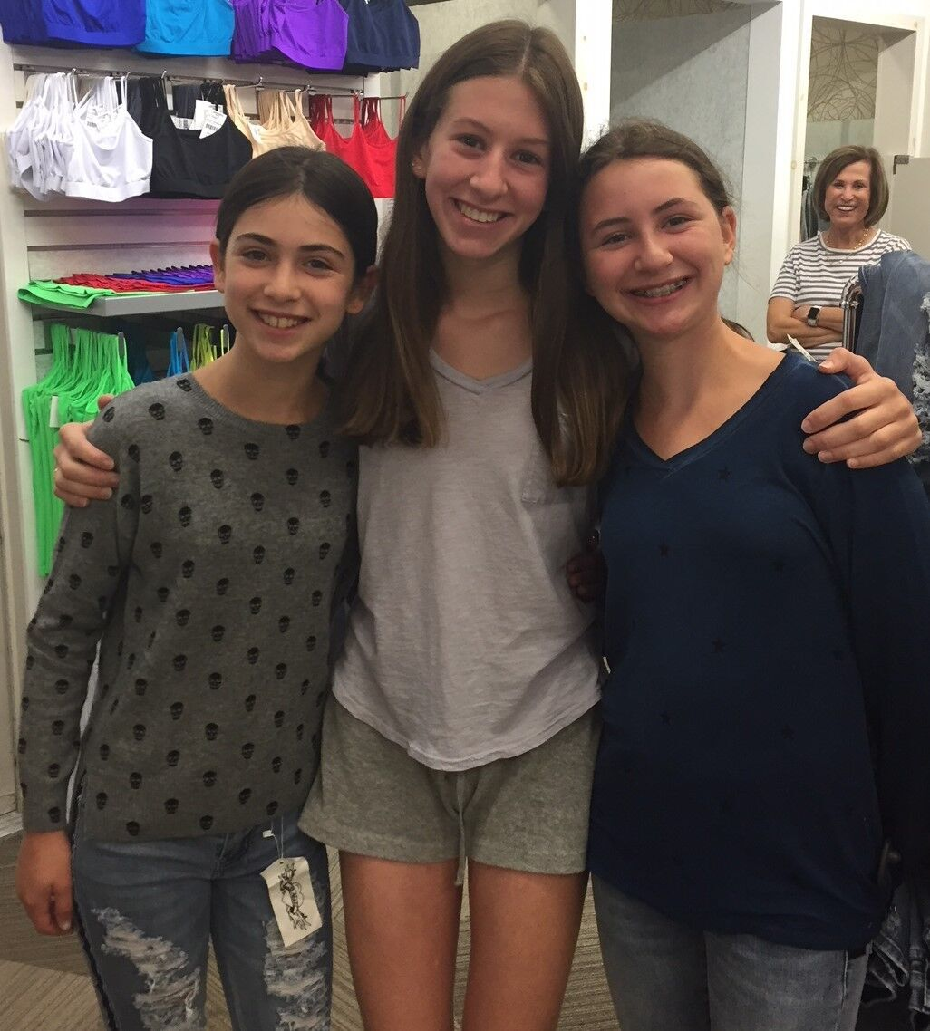 Georgie, Lauren and Vivi