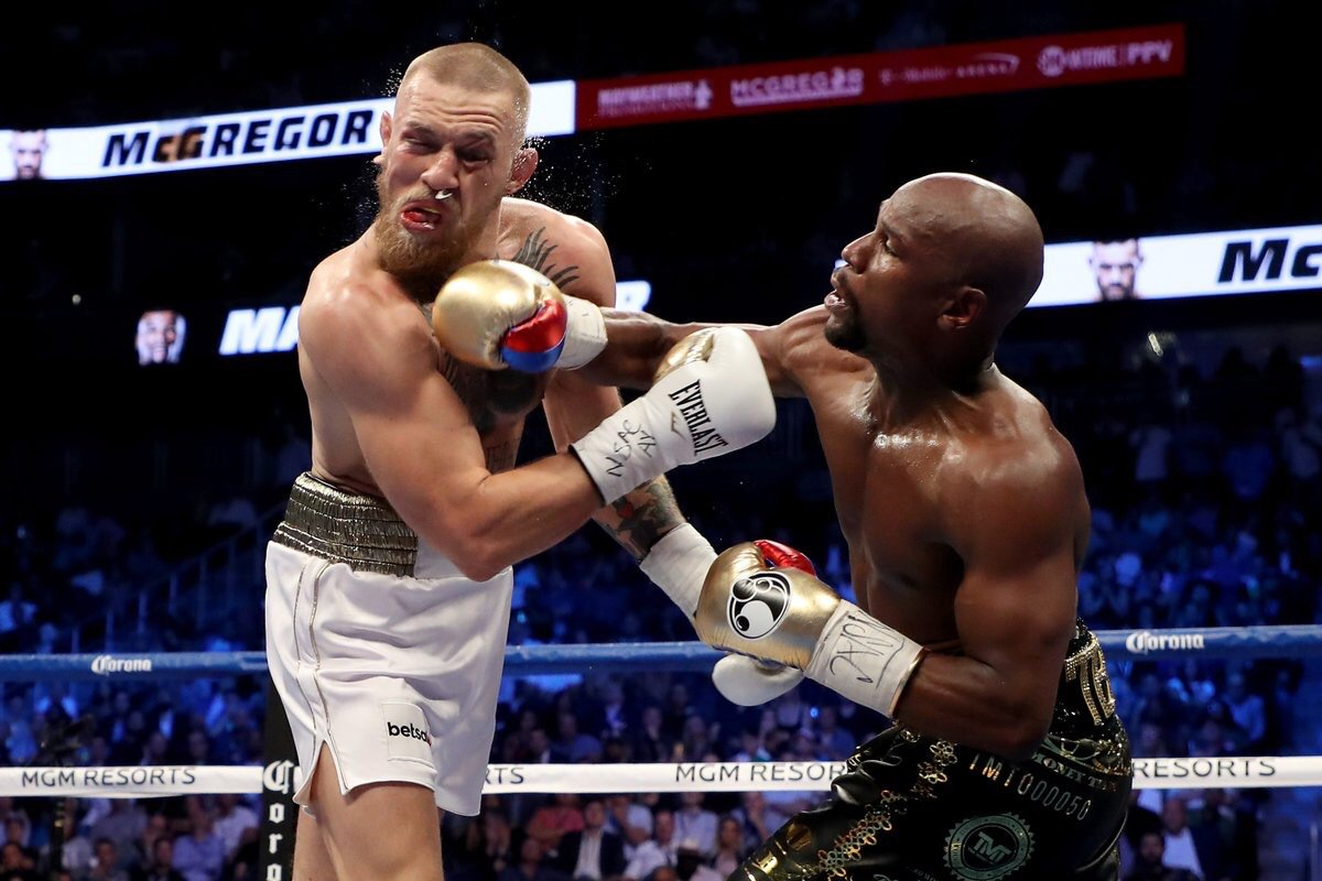 Floyd whips Macgregor.jpg