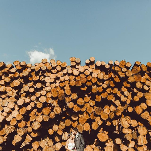 Throwing it back to another hot summer day with these two lovebirds and this magical wood pile! | photo babe @bettyclicker | #styledbydarling