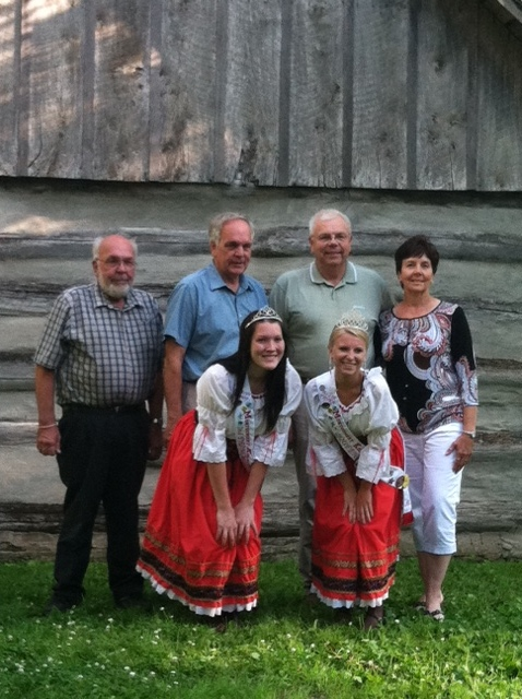 2014 - Ruhland Family: Gary and Linda, Dale, Bob and Jan Ruhland and Ken and Mary Ruhland Tupy