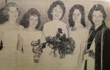 Montgomery's 1961 Kolacky Day Royalty. From Left: Miss Congeniality Mary Carlson, 1st Attendant Arlene Krocak, Queen LaVonne Svoboda, 2nd Attendant Marilyn Petricka, and the 1960 Kolacky Days Queen Mary O'Regan