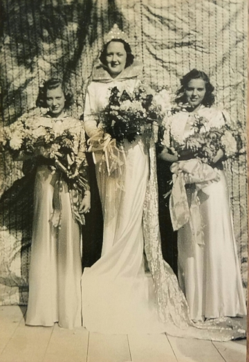 1938 Kolacky Day Royalty - Queen Charlotta Fitzpatick and Attendants Ardyce Kriz and Irene Turek