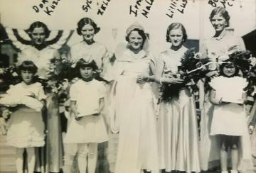 1932 Kolacky Day Royalty. Queen Irma Malone with Sylvia Zelenka, Lillian Lusk, Bernice Malone, and Dora Kozel as attendants.