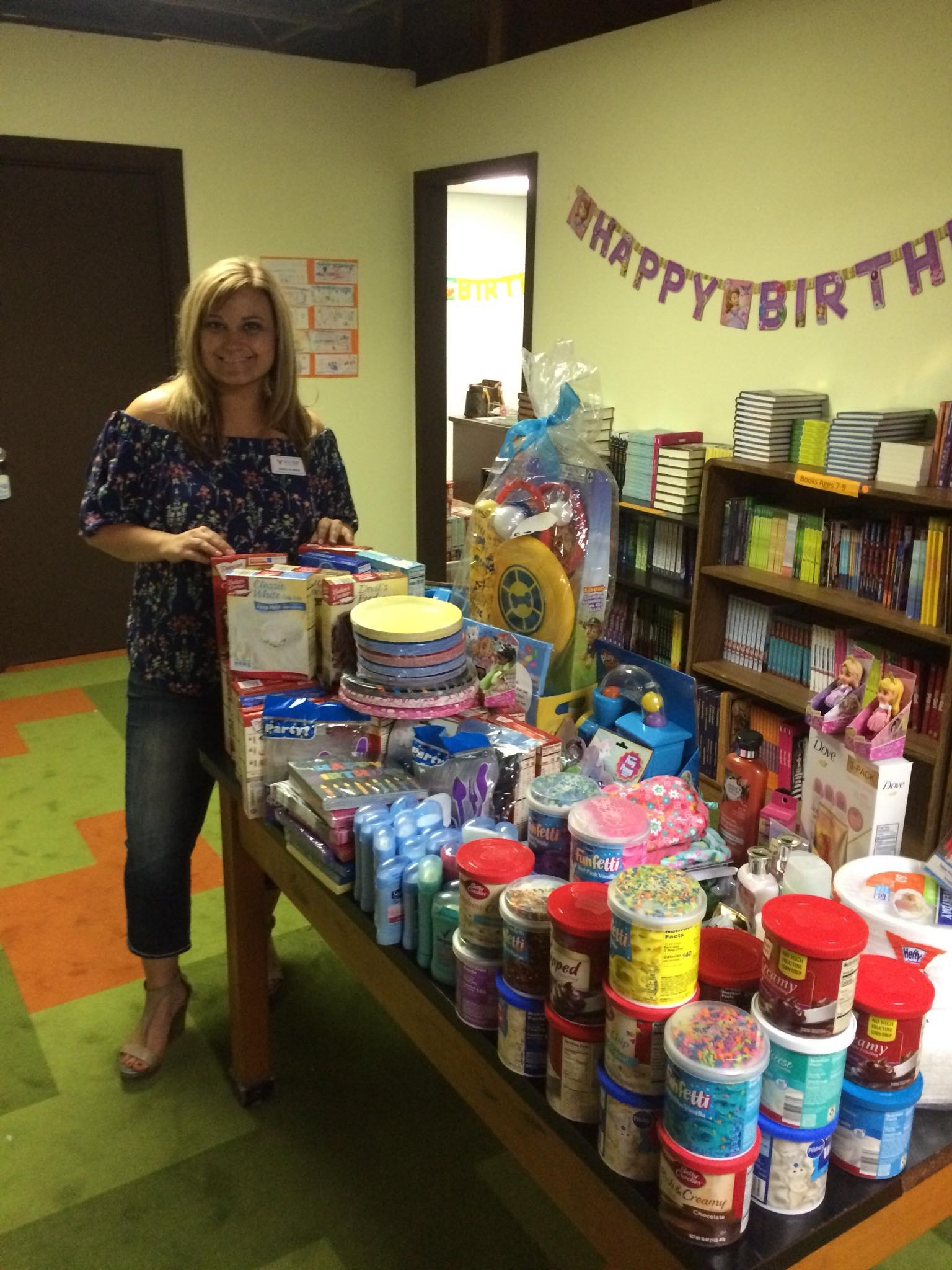 Thank you mama's for making some very special kid's birthdays even more special now! And thank you Wish I May for continuing to give birthday bags for kids in need. - SingleMomzRock's Founder, Janelle Reed, was able to drop off all these donations that was turned in from the mom's in the group on May 1st.