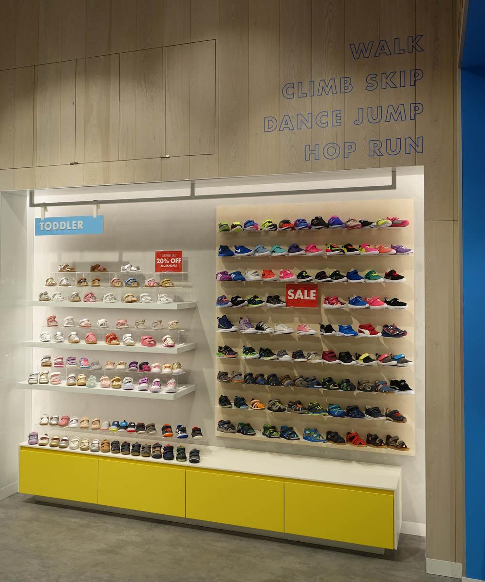 Shoes & Sox-Chadstone-02.jpg