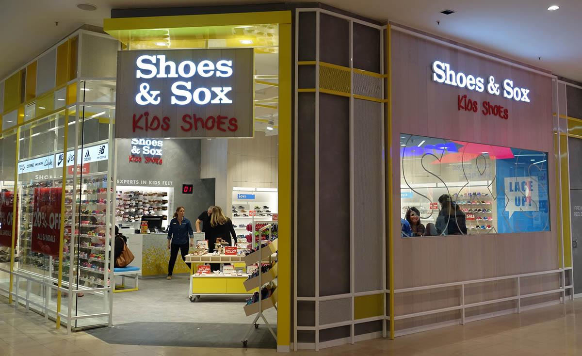 Shoes & Sox-Chadstone-06.jpg