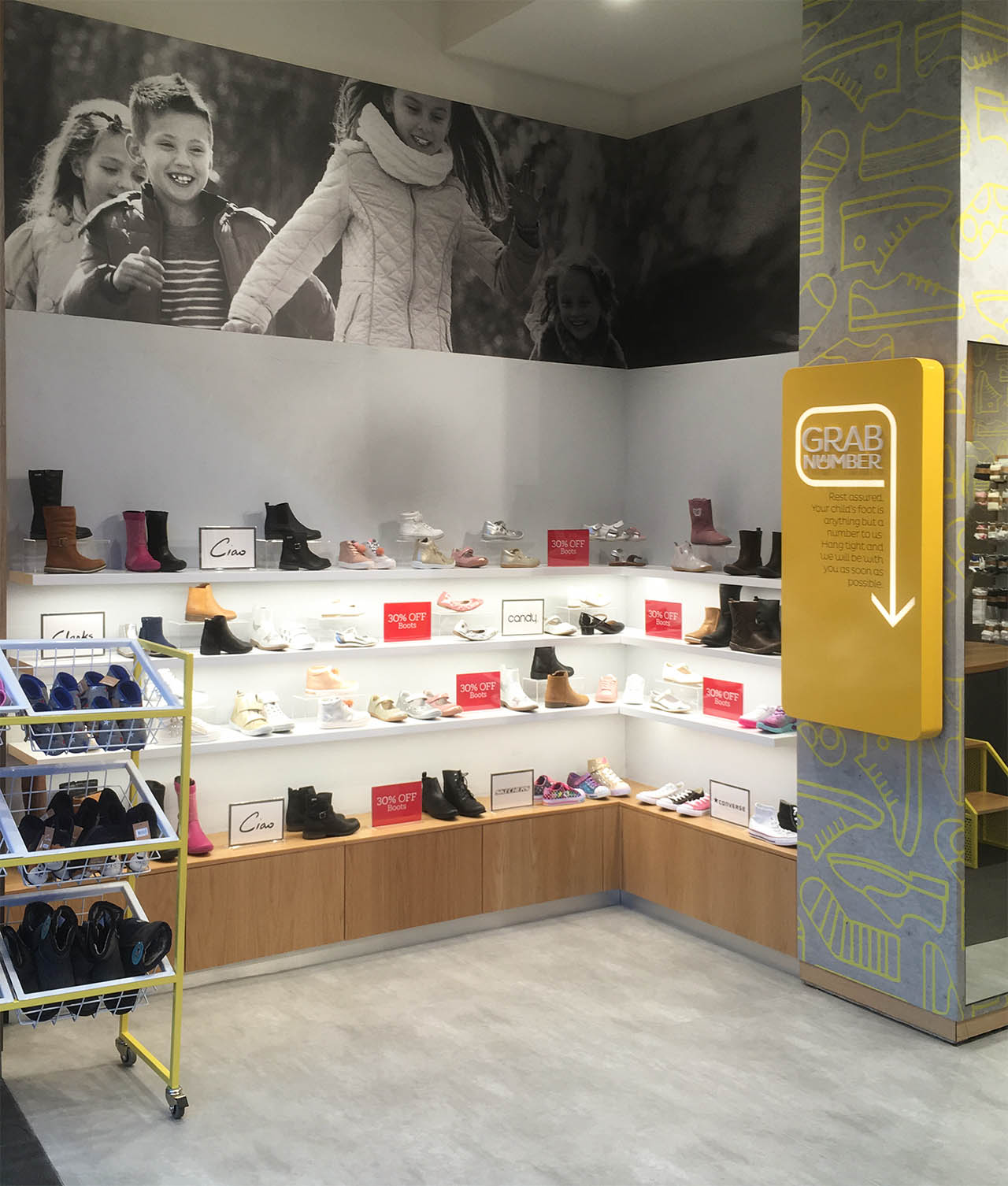 Shoes & Sox Rouse Hill -Interior 1.jpg
