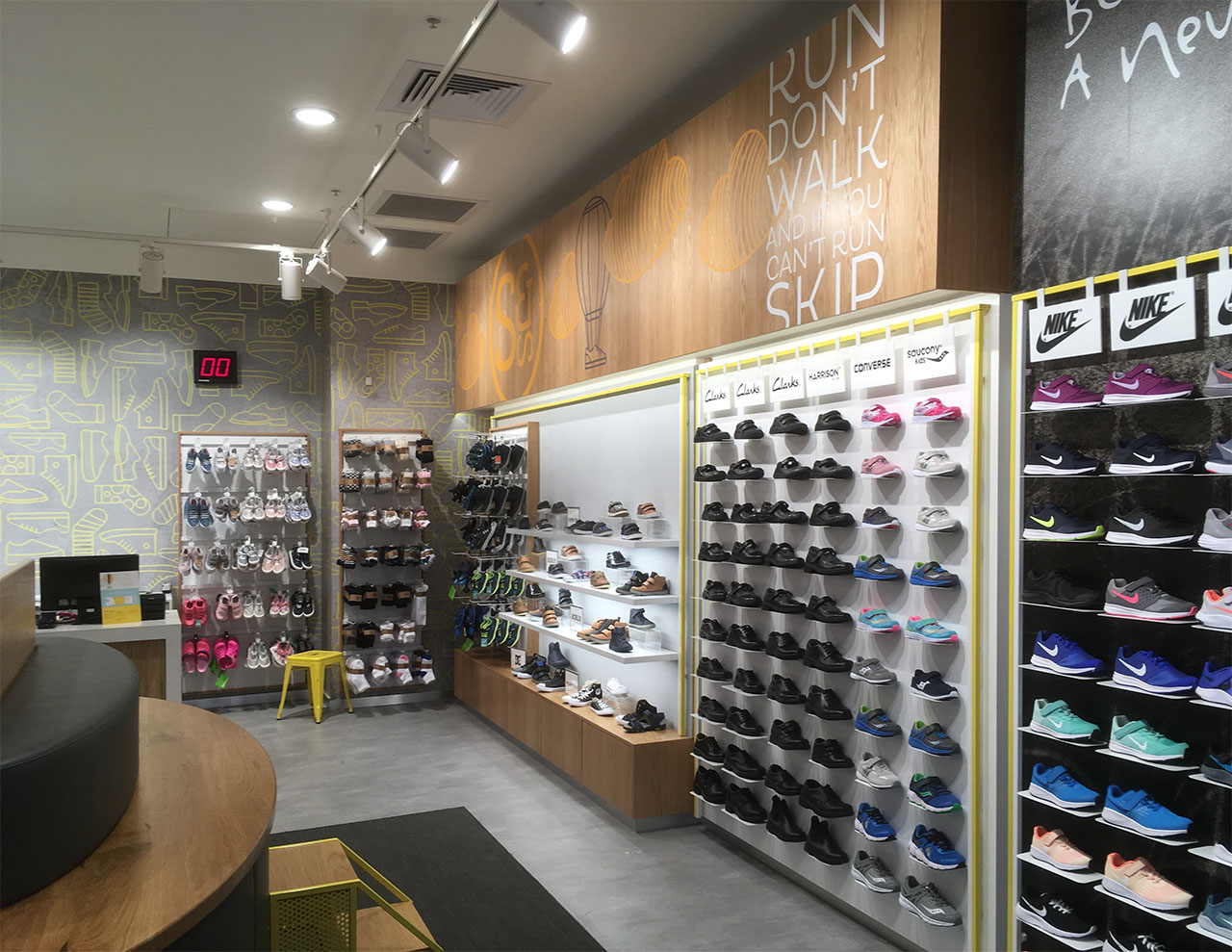 Shoes & Sox Rouse Hill -Interior 3.jpg