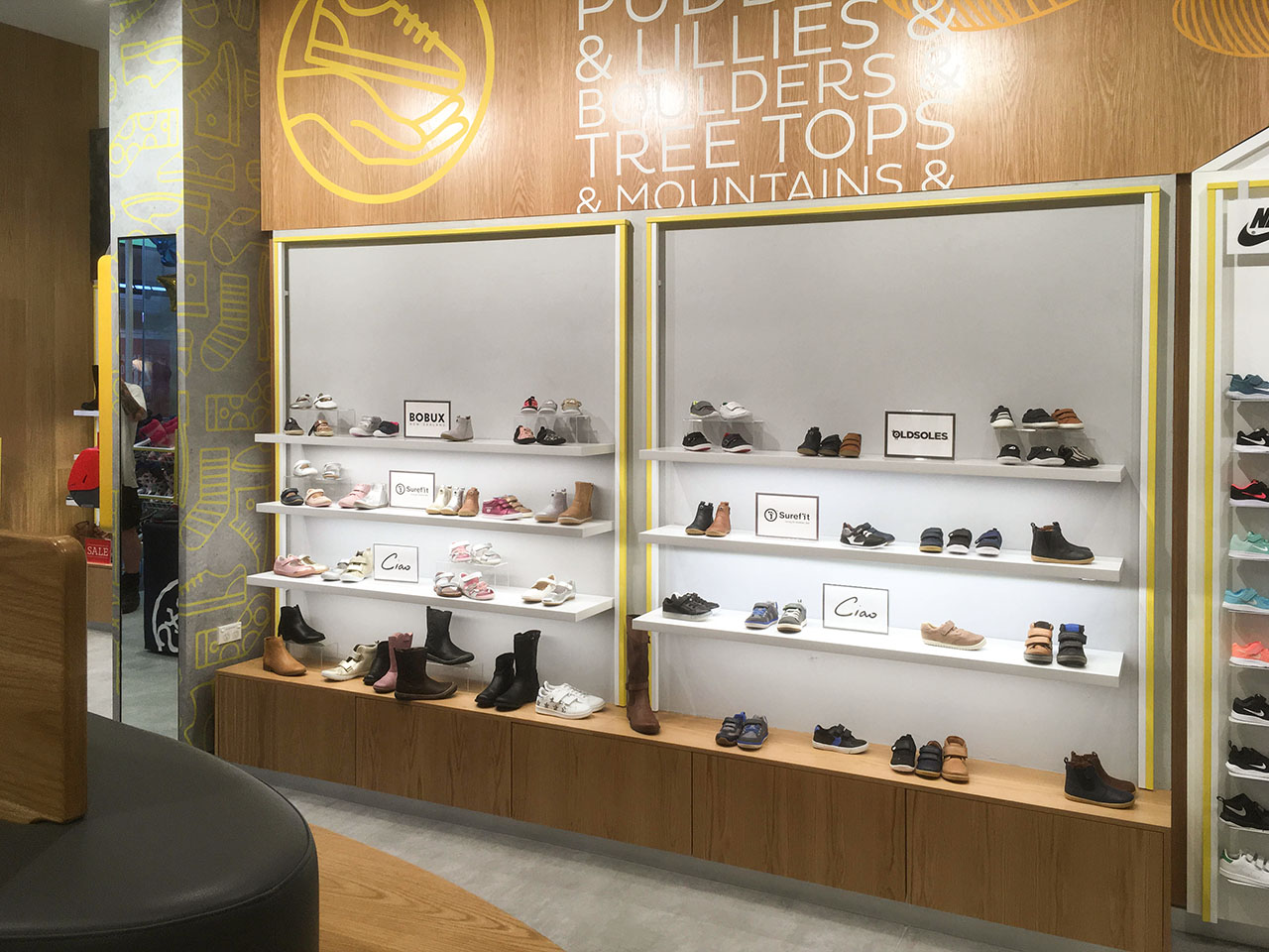 Shoes & Sox Rouse Hill -Interior 2.jpg